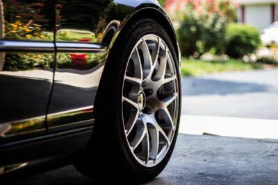 choisir les meilleurs pneus pour sa voiture
